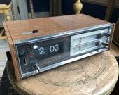 Vintage Panasonic Flip Clock AM FM Radio - Alarm - Model RC 6350