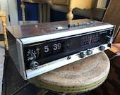 1970 s Lloyd s Multiplex Flip Clock Radio - Works