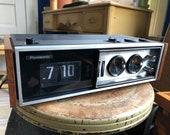 Vintage Panasonic National Clock Radio - RC-7469 - Works Great