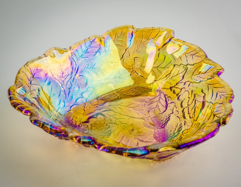 Indiana Carnival Glass Loganberry Bowl.