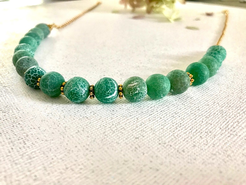 Classic Green Quartz Necklace Gift for Her 10 mm Agate Necklace Natural Stone Beaded Necklace Turquoise Agate Stone Necklace Choker