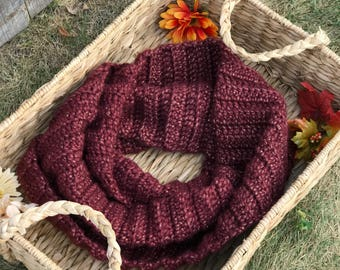 Burgundy infinity scarf. Maroon infinity scarf. Plush circle scarf, perfect for upcoming cold. Item crocheted with love.