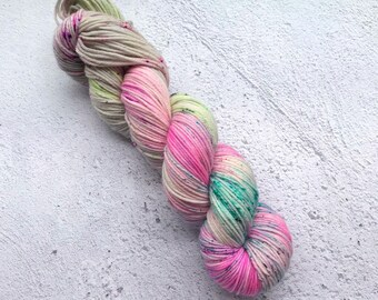 Holographic, Double knit springy twist (115g) 100% super wash merino.