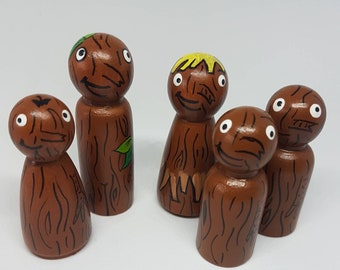 Stickman Family/ Peg Dolls/ Small World Play / Open Ended Play/ Preschool / Montessori / Waldorf / Wooden Toys / Educational / School