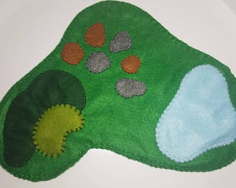 Grassy Landscape Felt Play Scene / Small World Play / Open Ended Play/ Felt Play Mat / Montessori / Waldorf / Wooden Toys / Educational