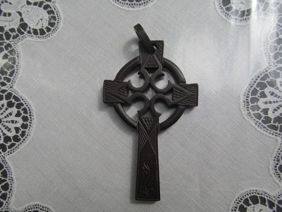 VICTORIAN VULCANITE CELTIC Cross. 1800s. Mourning
