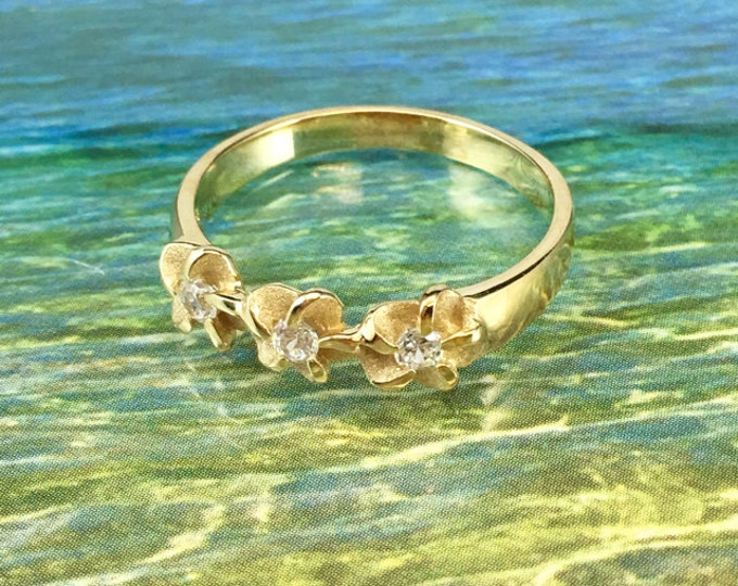 Featured listing image: 14kt Yellow Gold Three Hawaiian Plumeria Flower Ring with CZ (R2002Y)