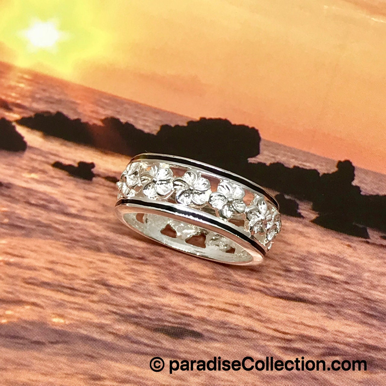 Sterling silver hawaiian hibiscus state flower ring etsy zoom izmirmasajfo