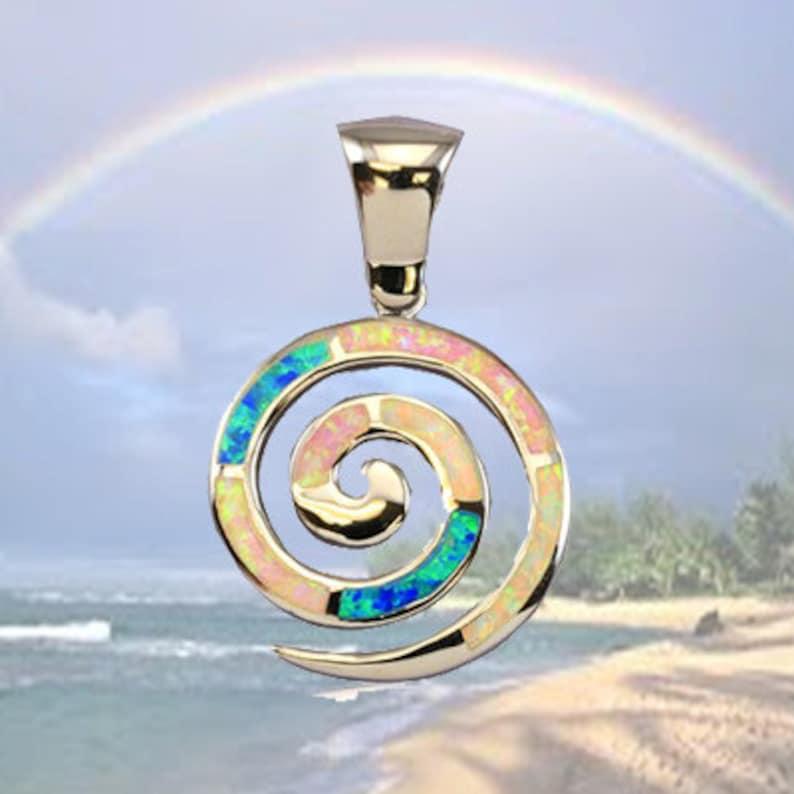 41b4562ebd27 Arco iris hawaiano de plata espiral Opal colgante con rodio