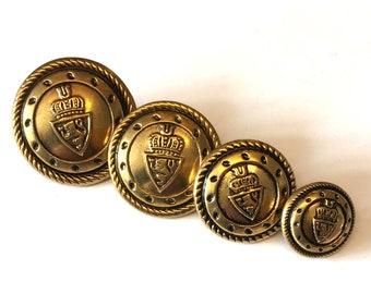 Un ensemble de en métal doré militaire Shield blazer boutons