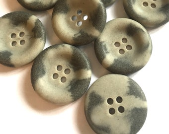 8pc 23mm Grey Mock Horn Bone Effect Cardigan Trouser Shirt Sewing Buttons 0332