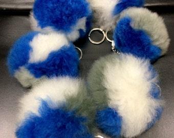 Team colors keycahin, alpaca no kill fur, cowboys colors, maverick colors, fur pom, alpaca fur, blue gray white, phone charm, zipper charm