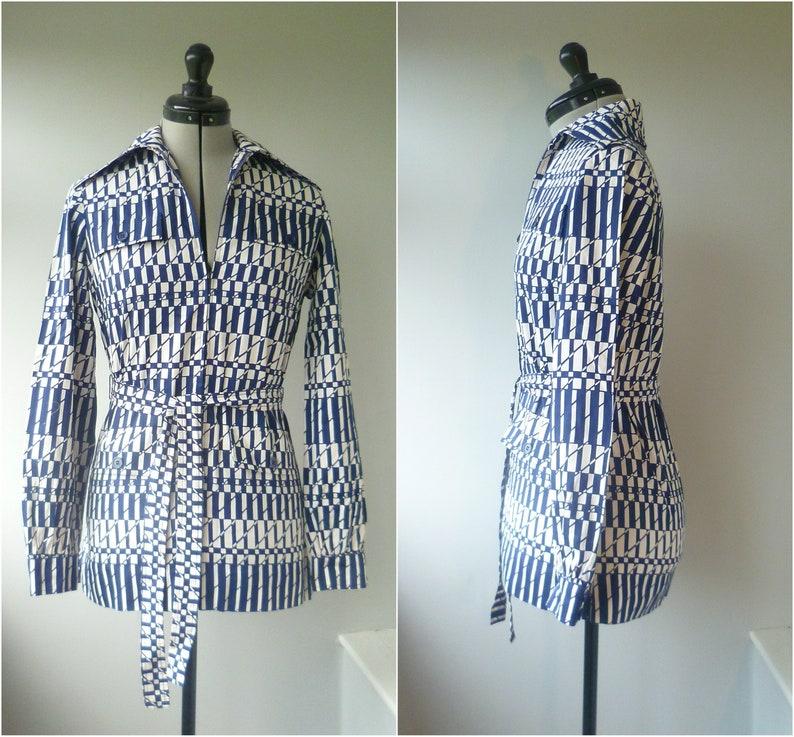 1970/'s Size S Jaegar zip-up dagger collar tunic shirt with bold geometric pattern