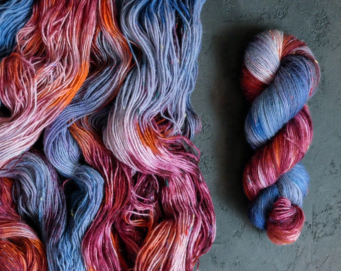 Handdyed tweed SockYarn, Fingering Yarn, 75 wool 25 polyamide, tweed sock yarn hand dyed, knitted wool 100g 3.5 oz