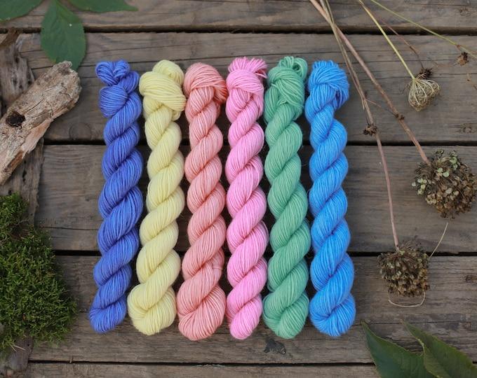 Rainbow mini skein / Hand Dyed Rainbow Sock Wool Mini Set / Handdyed Sock Yarn, Fingering Yarn, Knitting Wool