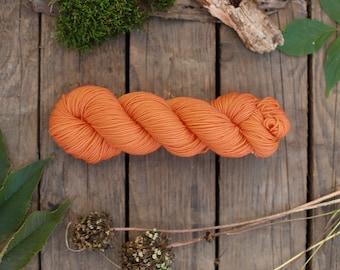 Hand Dyed Superwash Merino Wool yarn  100g (3.5 oz) Hand dyed super soft Merino Yarn merino extrafine superwash