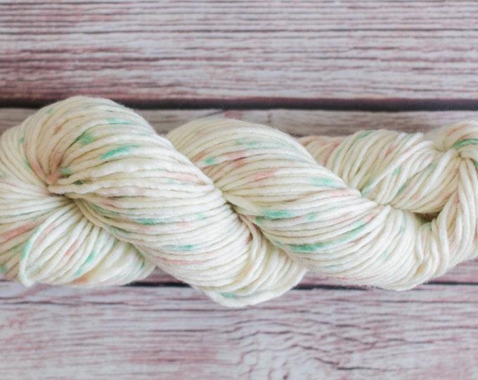 Wool hand dyed perfect for warm beanie or scarf, hand dyed merino yarn merino extrafine wool knitting yarn speckled yarn