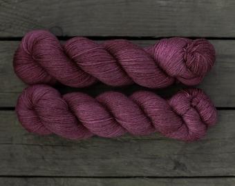 Merino - Tencel  Sockenwolle handgefärbt, cranberry