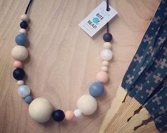 "Nursing Baby-safe Food-grade SiliconeTeething necklace ""O-Ball"""