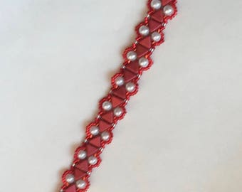 beaded bracelet red and white beaded bracelet white pearls red triangle beads red seed beads magnetic clasp Camille bracelet