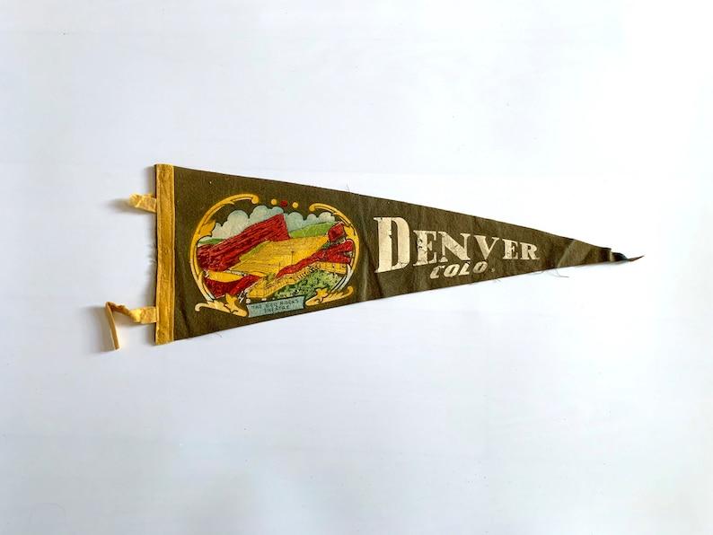 Denver Colorado CO 17 Vintage Pennant 1950/'s Travel Road Trip Tourist Souvenir