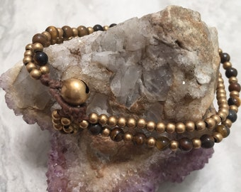Tigers eye and brass beaded bracelet