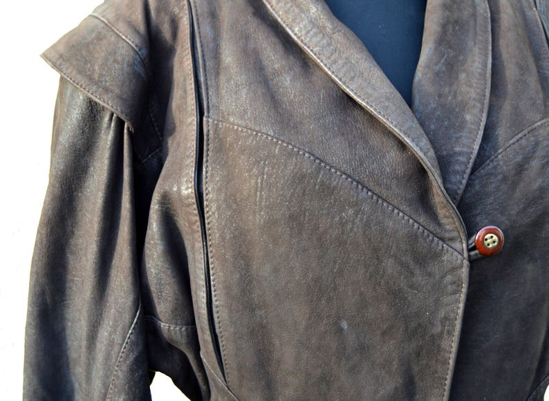 Leather Motorcycle Jacket Brown Cropped Leather Jacket Vintage Women/'s Biker Leather Belted Jacket Bomber jacket Lamb Leather Blazer Large