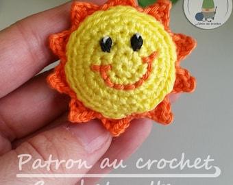 Patron au crochet Mini soleil amigurumi  Broche - aimant - en français