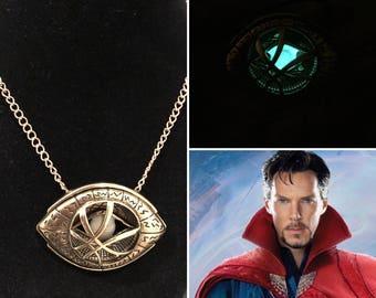 Doctor Strange Necklace, eye of agamotto amulet necklace, perfect gift for any doctor strange fan, doctor strange costume