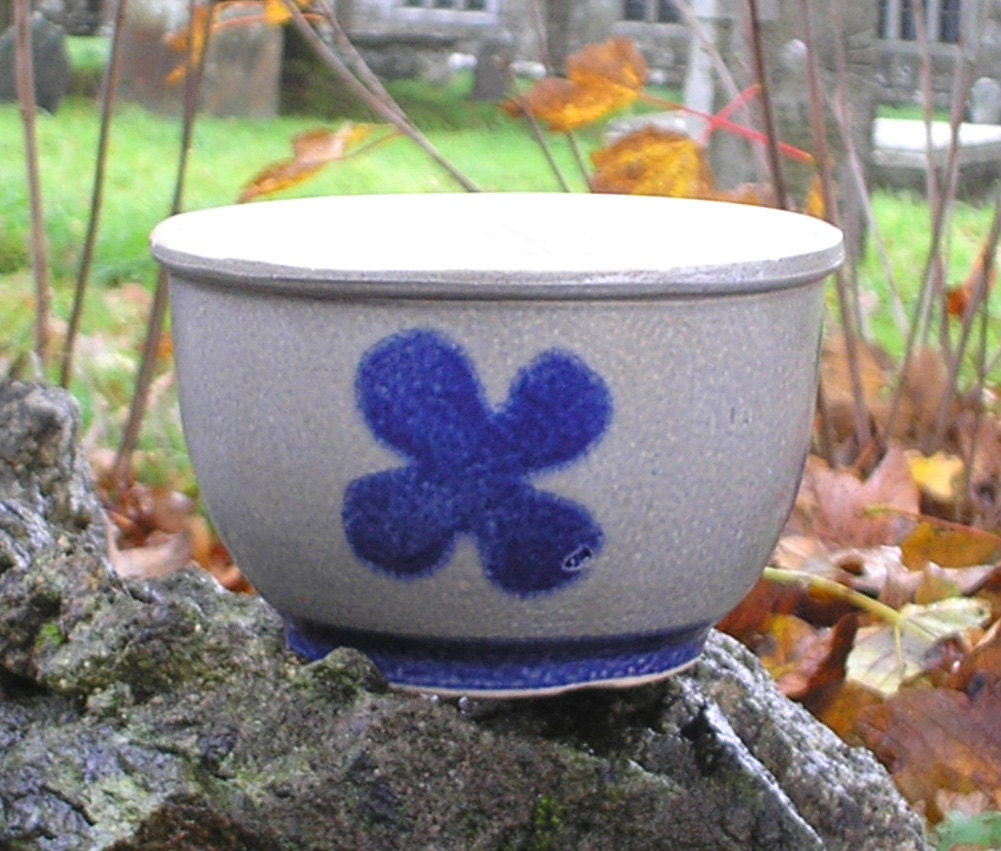 Vintage blaue und wei e schale blumentopf bertopf etsy for Blaue blumentopfe