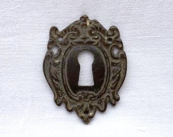 Victorian brass escutcheon, antique ornate patinated brass key hole escutcheon, Art Nouveau door furniture, salvaged escutcheon, period home
