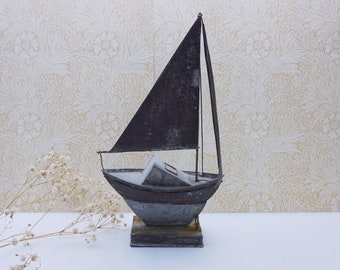 Vintage metal yacht on a stand, naive style galvanised steel sailing boat, yacht ornament, decorative rustic boat, coastal decor, nautical