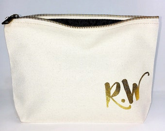 Christmas Initial makeup bag, Personalized christmas gift , Canvas cosmetic bag, bridesmaid gift,  Bridal shower gift ,  Zipper pouches - We