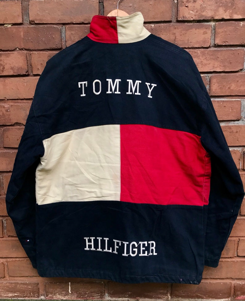 Vintage 90s TOMMY HILFIGER Big Logo Spell Out Style Embroidery Colour block Style Jacket Hip hop Fashion Lo life Era 90s Size L