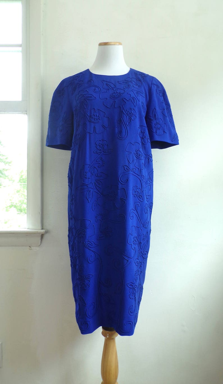 80s floral shift dress size medium cobalt blue cord flower dress crepe acetate liz claiborne designer day dress 1980s short sleeve dress