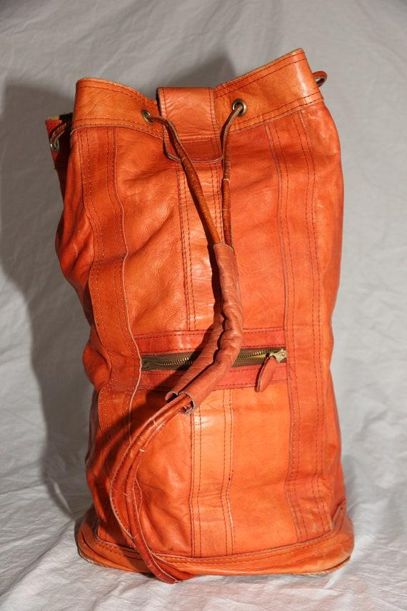 Vintage 1970's Genuine Leather Barrel Bag Purse Sling Handmade In Columbia