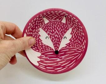 Handmade Ceramic Sleeping Fox Bowl, Hand Painted Fox Dish, Ring Holder Dish, Gift for Fox Lover, Fox Trinket Dish, Small Fox Bowl