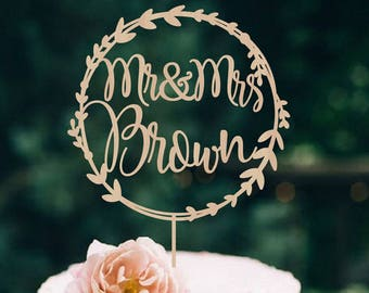 Wedding Cake Topper Wreath Mr & Mrs  Personalized  Wedding Cake Topper  Wooden Mr and Mrs  Cake Topper Rustic Cake Topper