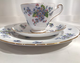 Tuscan English Bone China Place Setting, Forget Me Not