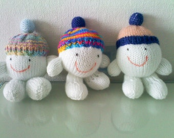 knitted snowballs