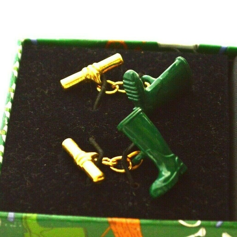 Retro jewelry green RAIN BOOTS CUFFLINKS magnificent mouchoir high quality  Vintage 1990s acessories