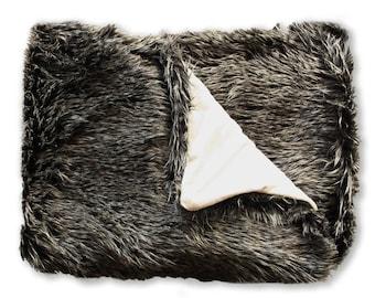 Faux fur blanket, gray fur throw, faux fur fabric throw blanket for home decor. Decorative blanket for sofa bed. fur bedding, fur sofa, Grey