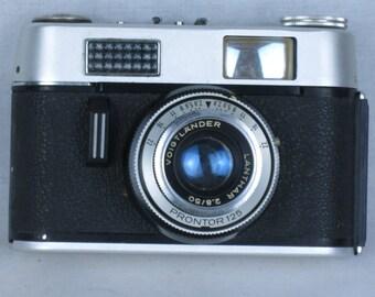 Voigtlander VITORET D, 35mm viewfinder camera, with Lanthar 50mm/2.8 lens.with leather case. EXC+