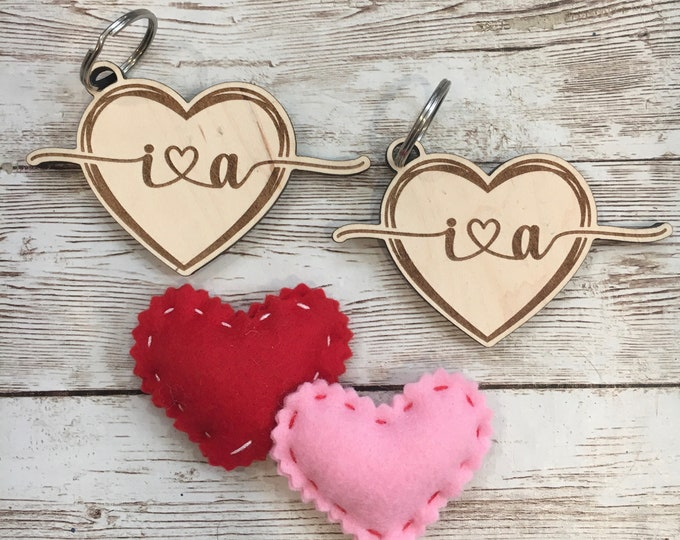 Couple Keychain Pair | Heart with Initials Key Chain | Custom initials keychain | Couple Wedding Shower Gift | Valentine's Gift Ideas
