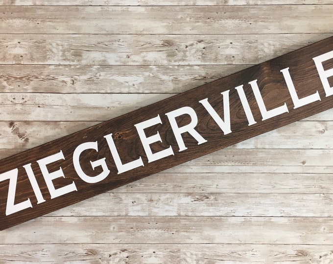 Last Name or Town Name Horizontal Wood Sign | Housewarming Gift | Farmhouse Town name Sign | Gallery Wall Décor