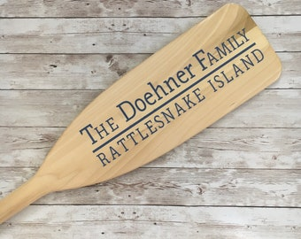 Custom Painted Canoe Paddle Family Decor |Customized with family name and location | Lake House Sign