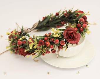 Red Flower Crown / Bridal Headpiece Wedding Floral Crown Boho Flower Crown Red Rose Headband Red Wedding Hairpiece Christmas Headband