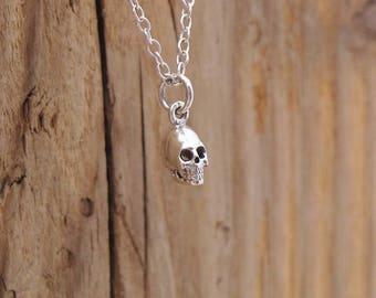 1 Cat Halloween pendant necklace black tone HC235