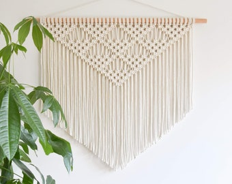 Macrame PATTERN - Written PDF and Knot Guide - Instant download - diy digital macrame wall hanging tutorial - CITRINE