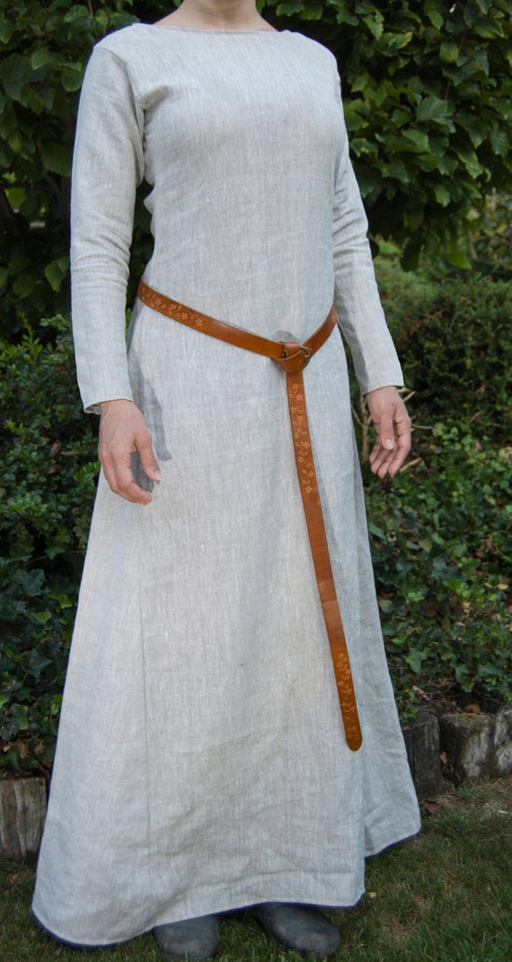 Chemise all sizes Medieval//LARP//SCA//Dark Age//Viking//Re enactment  RED Kirtle